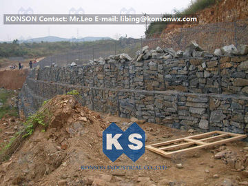 Cina Customized Hexagonal Gabion Mesh Wire Fence , Stainless Steel Wire Gabion Bag Fence pemasok